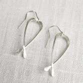 La Jewellery Recycled Silver Kiss me Kate Earrings