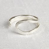 La Jewellery Recycled Silver Wave Ring