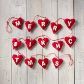 Merry Christmas' String of Felt Hearts Decoration