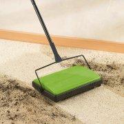 Wenko Carpet Sweeper - Green