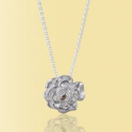 Mosami Rose Love Pendant Necklace