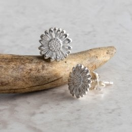 Mosami Daisy Happiness Stud Earrings
