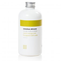 Conscious Skincare Sweet Orange & Frangipani Bath Soak - 235ml